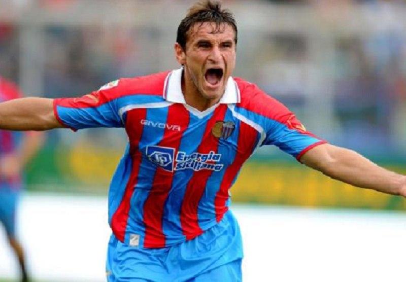 Palermo, finita la caccia all'attaccante: nella notte accordo con Bergessio
