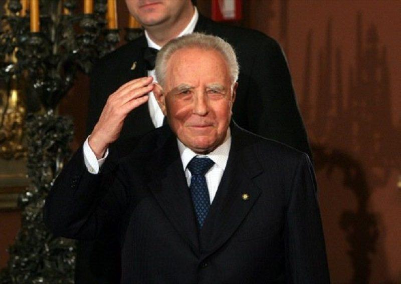 È morto Carlo Azeglio Ciampi, presidente emerito della Repubblica italiana. Aveva 95 anni