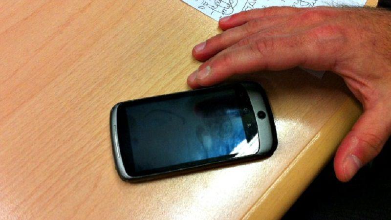 """Telefonia, """"nuovo espediente per sottrarre soldi agli utenti"""": Codacons denuncia Tim, Vodafone e Wind"""