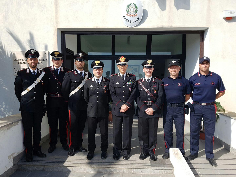 Comandante interregionale in visita ai carabinieri di Ustica