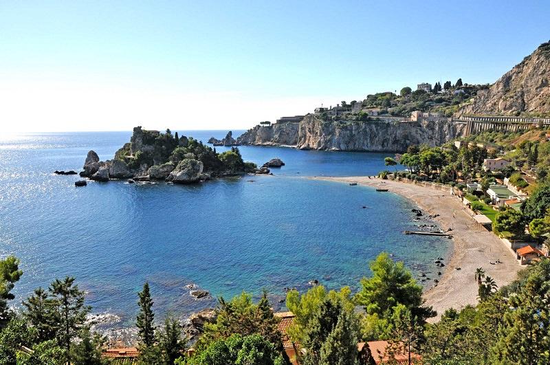Parco Archeologico Naxos-Taormina, domenica in TV con Linea Verde: panorami mozzafiato e arte