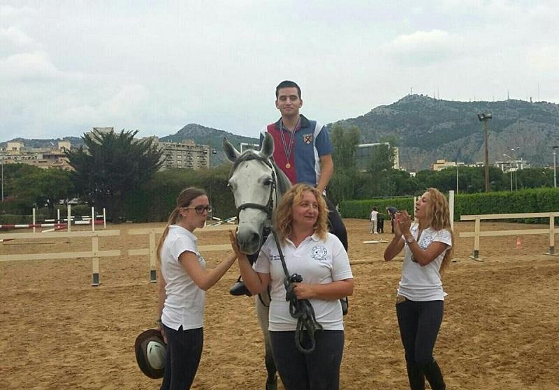 Tunisia e Palermo, insieme a cavallo a sostegno dei bambini autistici