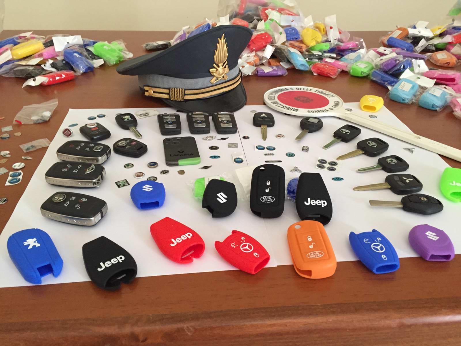 Chiavi di auto contraffatte: scatta la denuncia e il sequestro