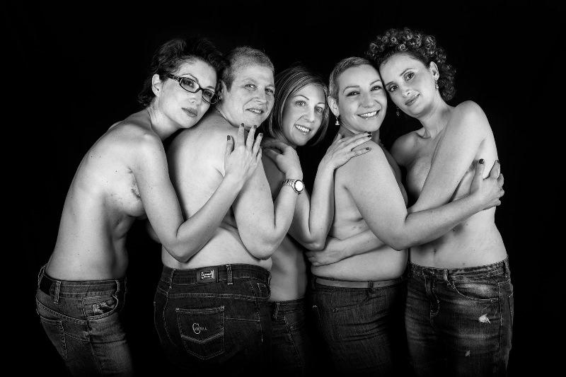 """Dedicato alle donne che lottano contro il cancro: """"Io non muoio"""""""