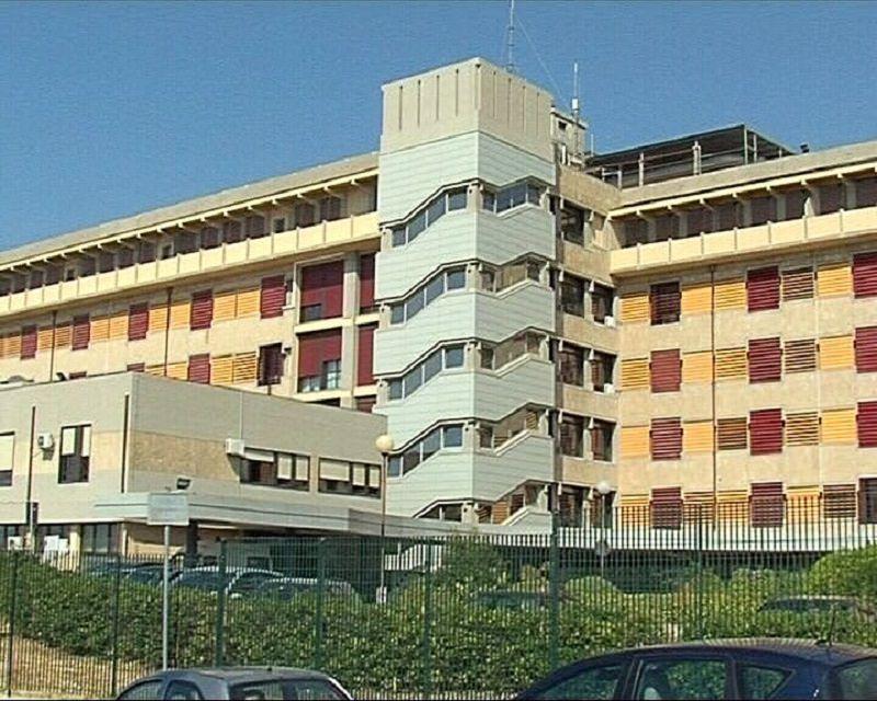 Morte in ospedale del 65enne Vincenzo Azzarelli: Procura apre fascicolo per omicidio e dispone autopsia