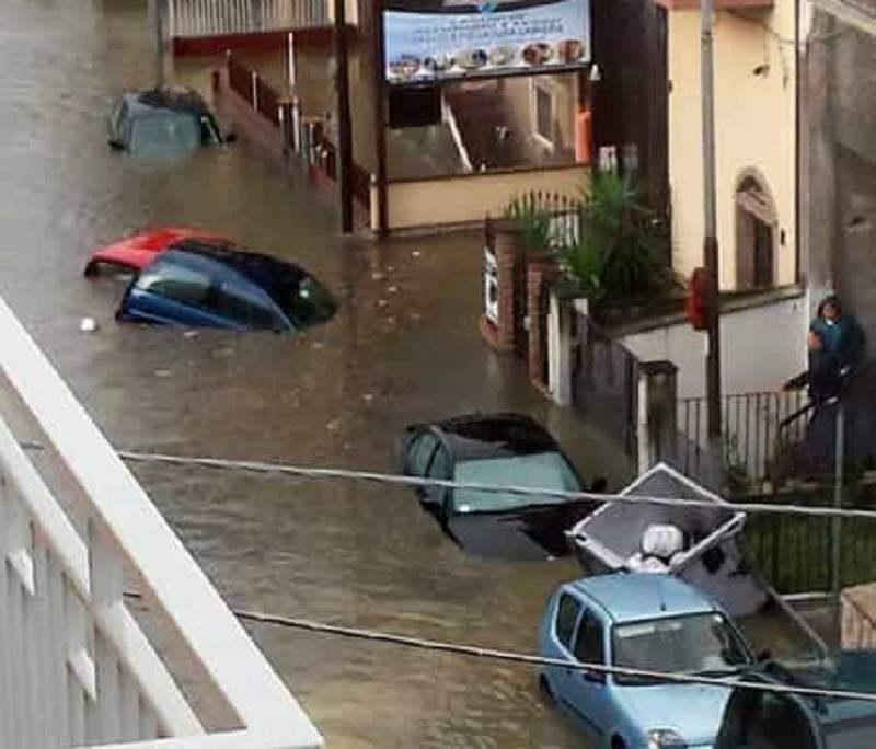 San Giorgio, un'ora di pioggia e si allaga tutto