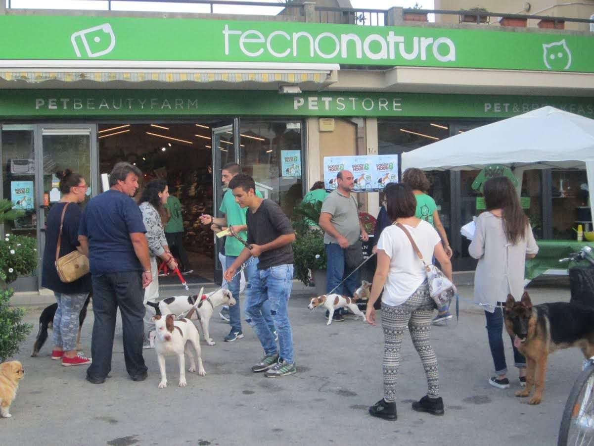 Doggy Hour a Modica: felici i cani, felici i padroni