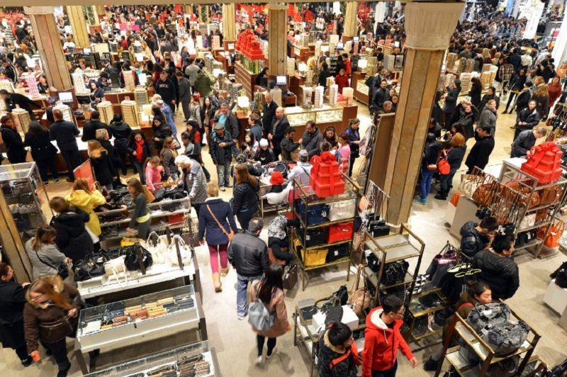 "Black Friday, scatta la corsa all'affare. Codacons: ""Attenti alle truffe. Ecco come tutelarsi"""