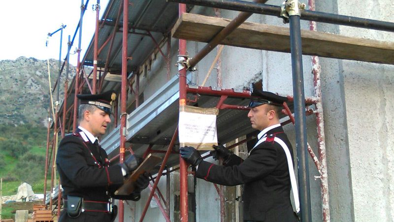 Palermo, controlli nei cantieri edili: scattano due denunce