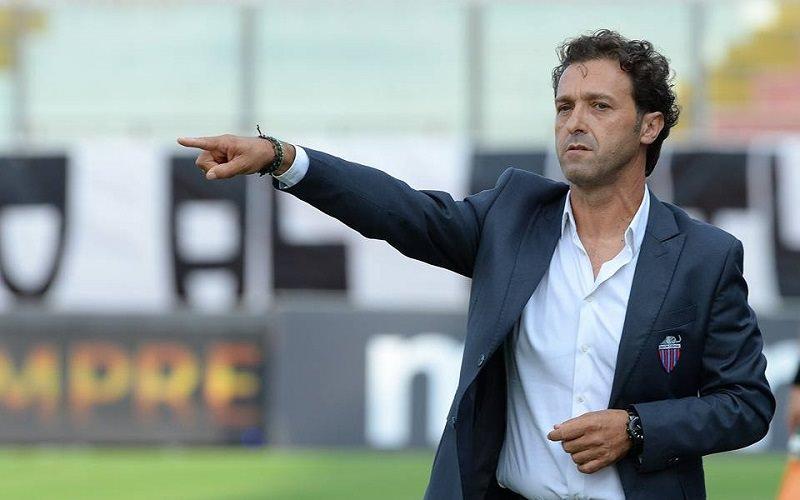 Catania, ufficiale: Rigoli non è più l'allenatore