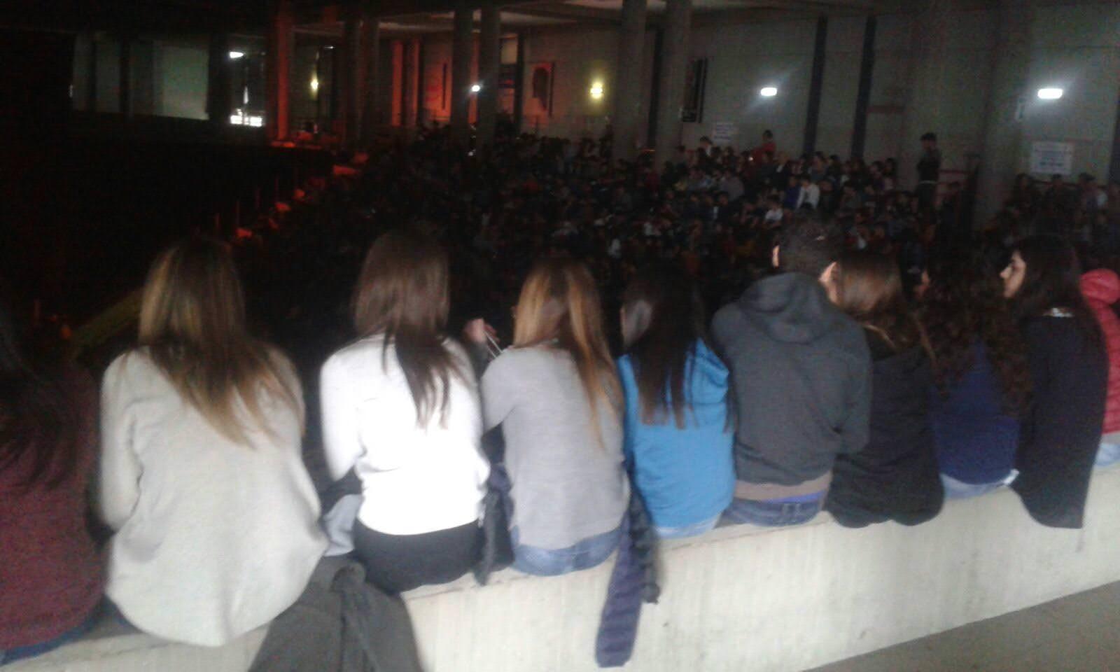 """""""Notre Dame De Paris"""" ad Acireale: biglietti a 5.000 studenti, ma ci sono solo 3.000 posti"""