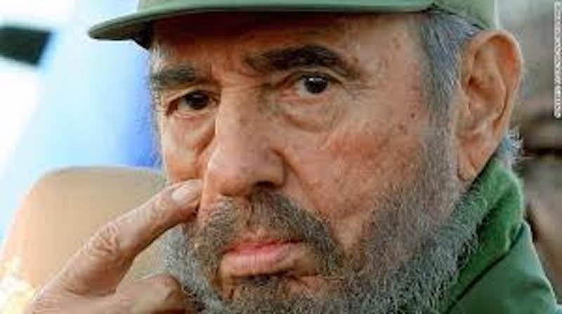 Fidel Castro è morto a 90 anni. L'annuncio in televisione da parte del fratello