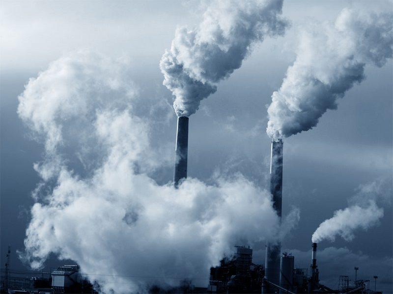 Gas nocivi e aria irrespirabile: in Sicilia sempre più vittime per inquinamento industriale