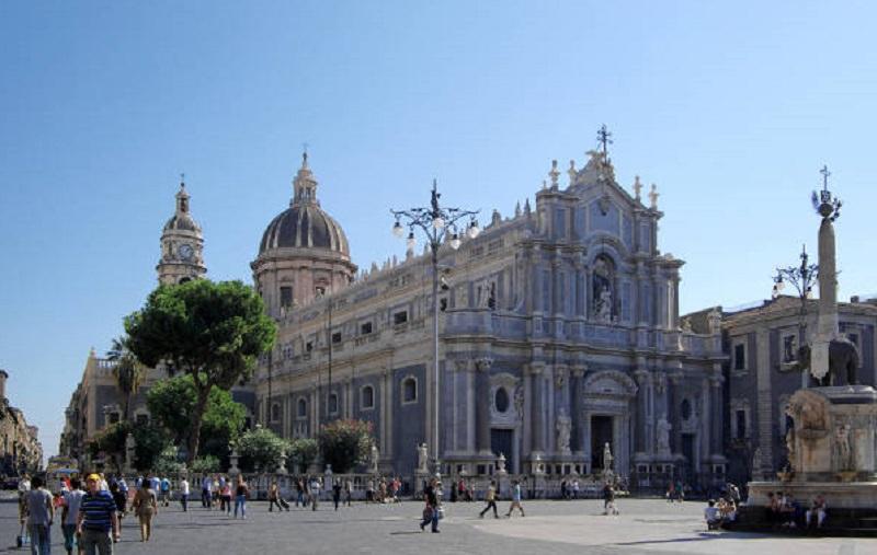 """Confesercenti Catania traccia il bilancio di fine anno: """"C'è ancora sofferenza"""""""