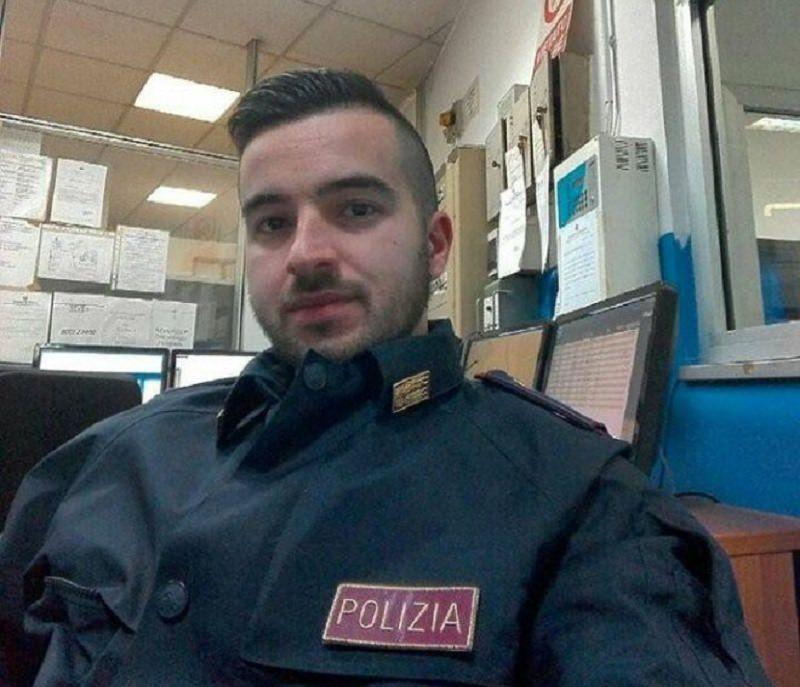 È già un eroe sui social il poliziotto che ha ucciso il killer di Berlino: chi è Luca Scatà