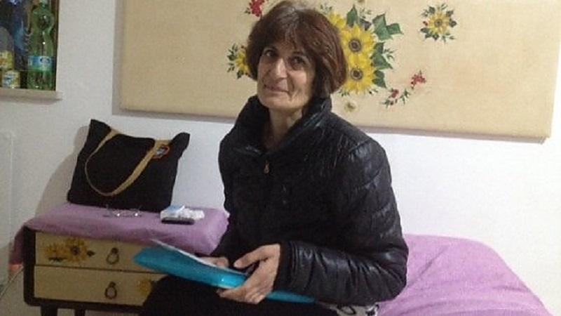 Da 11 mesi dormiva all'aeroporto di Palermo: Gabriella ha finalmente trovato una casa