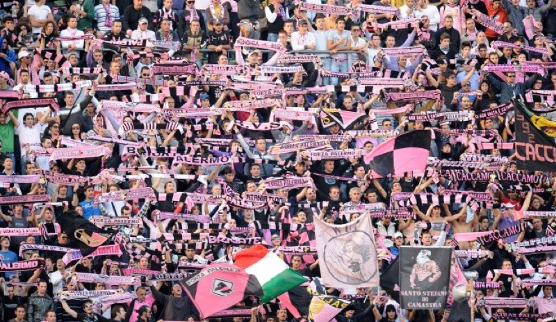 """""""Rissa in famiglia"""" tra i tifosi del Palermo. Dagli spintoni per le bibite ai pugni al volto"""