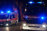 Drammatico scontro nel Catanese, violento impatto tra due auto: una si ribalta, si cerca un disperso
