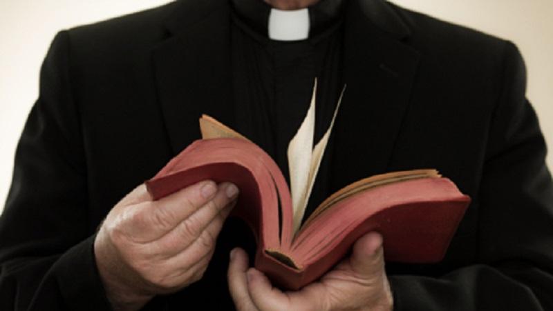 Coronavirus Ragusa, positivo sacerdote di una parrocchia: in isolamento insieme ad altri due preti