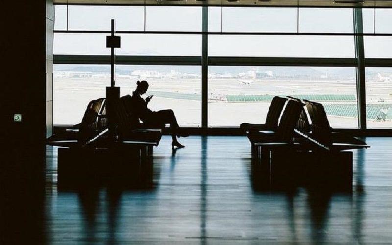 Disoccupata, separata e senza soldi: per 9 mesi l'aeroporto è stato la sua casa
