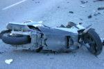 Drammatico scontro scooter-auto: 27enne in codice rosso
