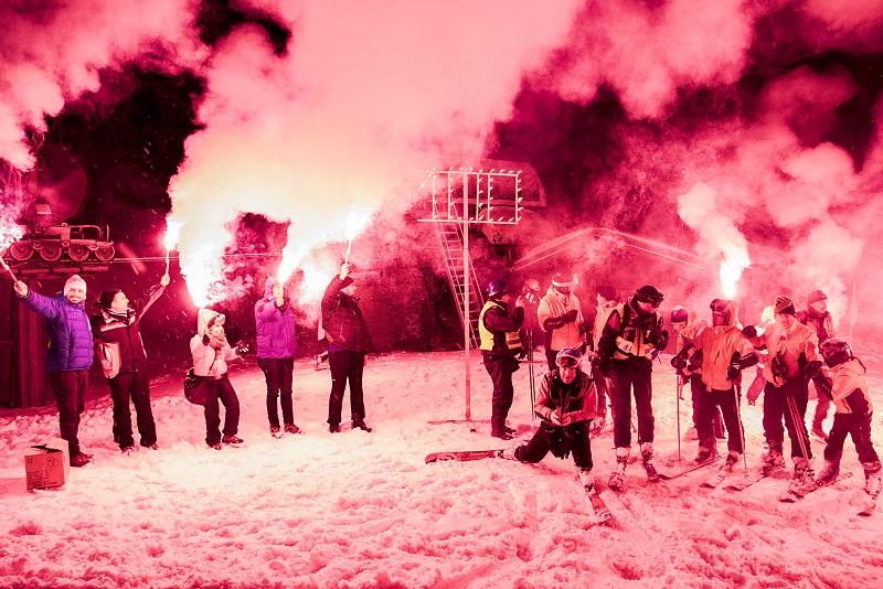 100 giorni al Giro d'Italia sull'Etna: fiaccolata celebrativa sulla neve