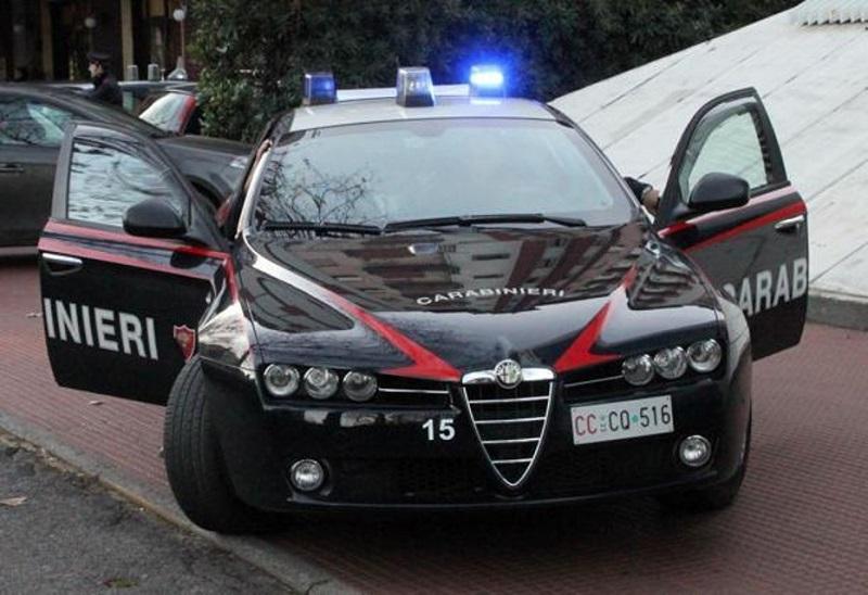 Messina, tentano di rubare auto: arrestati padre e figlio