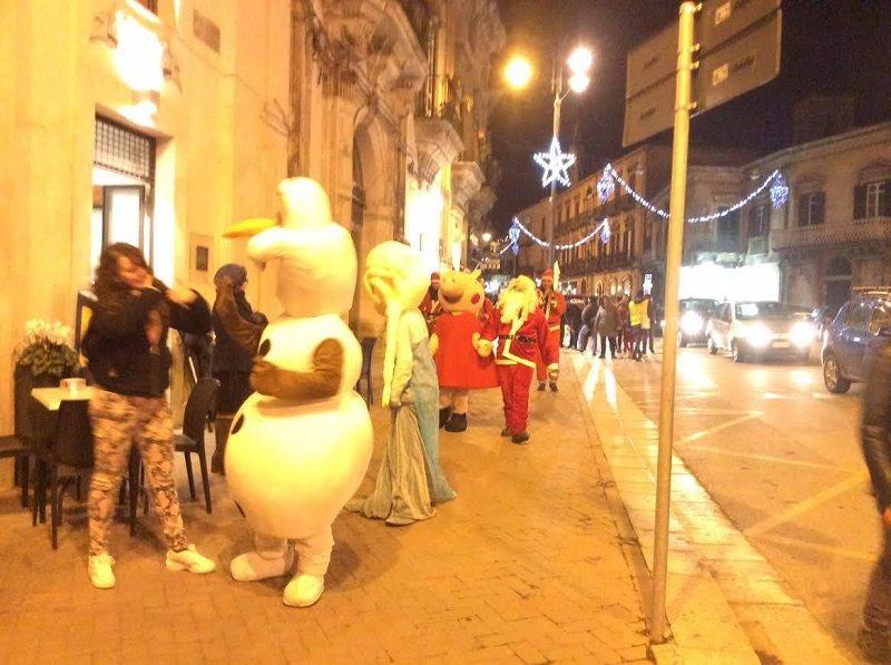 """""""Con te a Natale"""" a Modica, estratti i numeri vincitori della lotteria"""