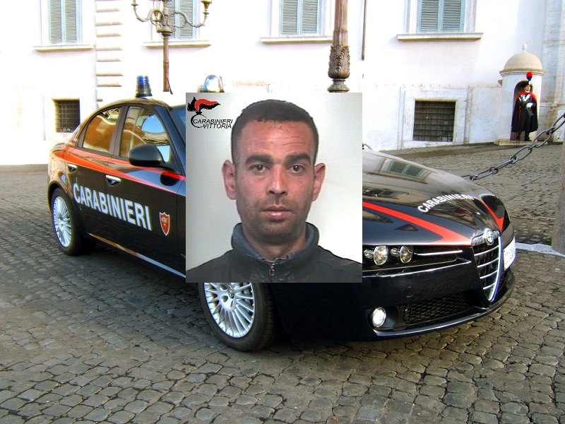 Tenta di accoltellare un connazionale per futili motivi: arrestato 33enne algerino