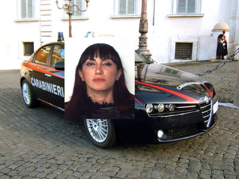 """Aiutava i clienti della Cucaracha a """"divertirsi"""": vendeva droga nel parcheggio di fronte"""