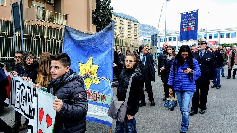 Flash mob per ricordare Calogero Marrone, salvatore di centinaia di ebrei