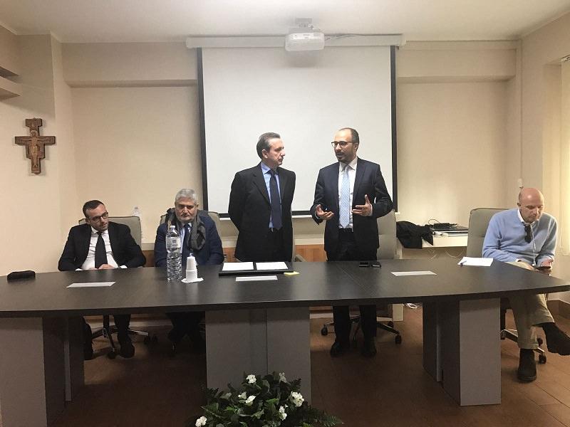 """Tutelare operatori sanitari"": Faraone in visita all'Ordine dei Medici di Caltanissetta"