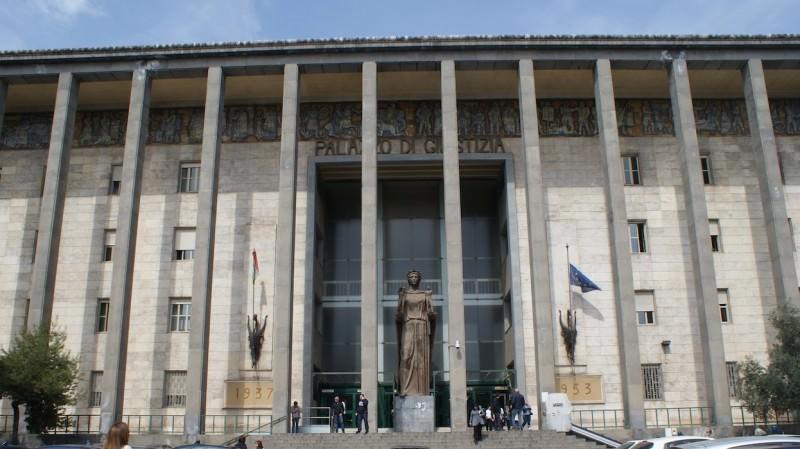 """Procura di Catania, """"portò"""" al suicidio assistito un'insegnante di Paternò: chiesto il rinvio a giudizio per il presidente di Exit Italia"""