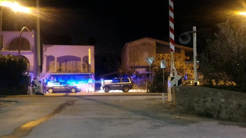 Tragedia sfiorata a Trapani: treno investe auto. Salva una 19enne