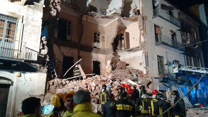 Crollo palazzina via Crispi: l'esplosione, la tragedia e le indagini. Ecco cosa è successo