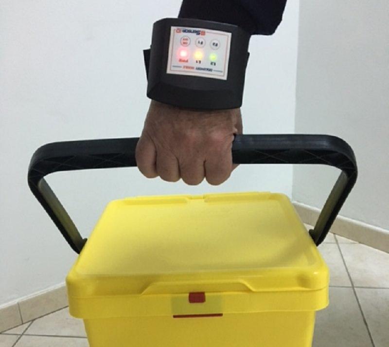 Braccialetti elettronici per la raccolta differenziata, ecco come cambia la gestione dei rifiuti a Porto Empedocle