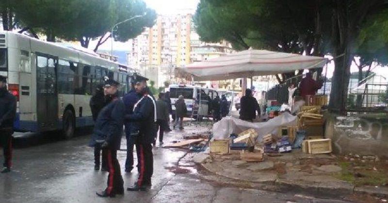 Carabinieri e Polizia Municipale devolvono in beneficenza 2000 kg di frutta e verdura