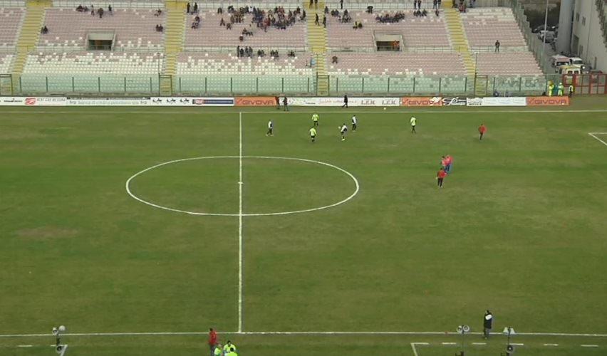 Messina 1-2 Catania, fischio finale! Rivivi la cronaca testuale del derby