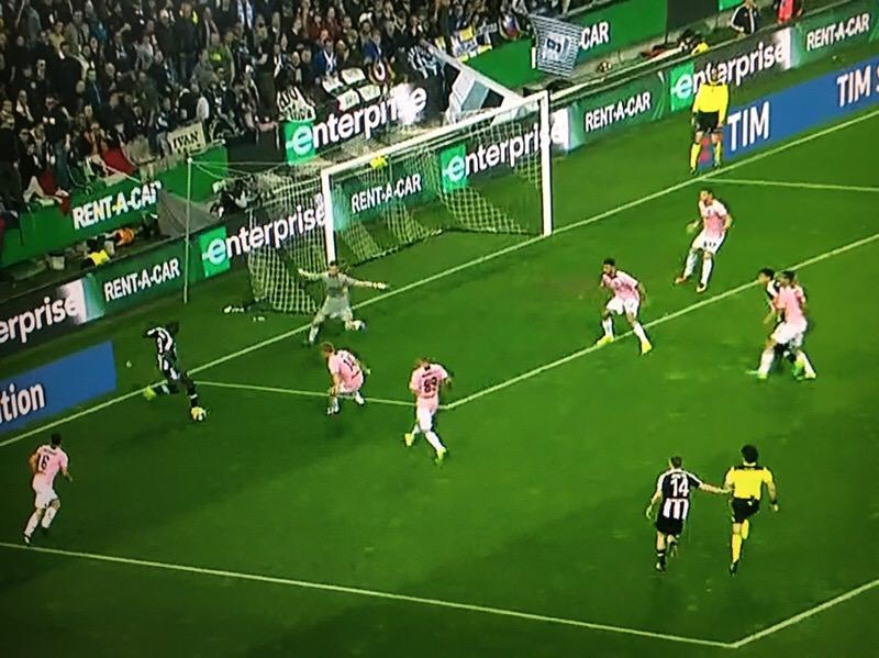 Il Palermo prima va, poi si butta via: tonfo ad Udine (4-1)