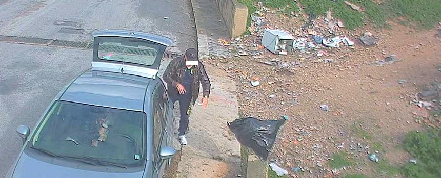 Spazzatura dal finestrino, 27enne lo rimprovera ma lui lo travolge con l'auto – I DETTAGLI
