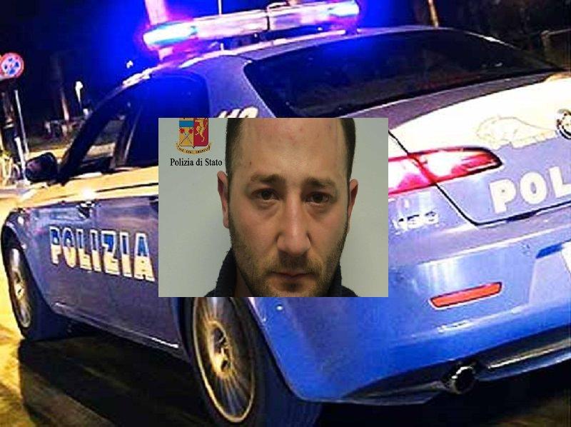 Prova a fare strage degli agenti dopo il furto d'auto: finisce in manette