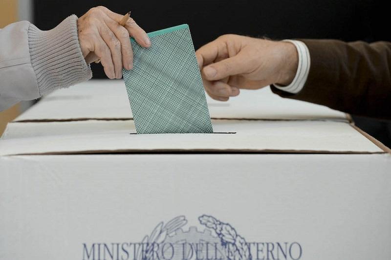 Urne aperte: 128 i comuni chiamati al voto, alcuni rischiano il rinvio