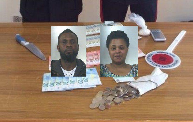 Droga, armata di coltello assale carabinieri per paura di finire in carcere: fermata coppia di coniugi