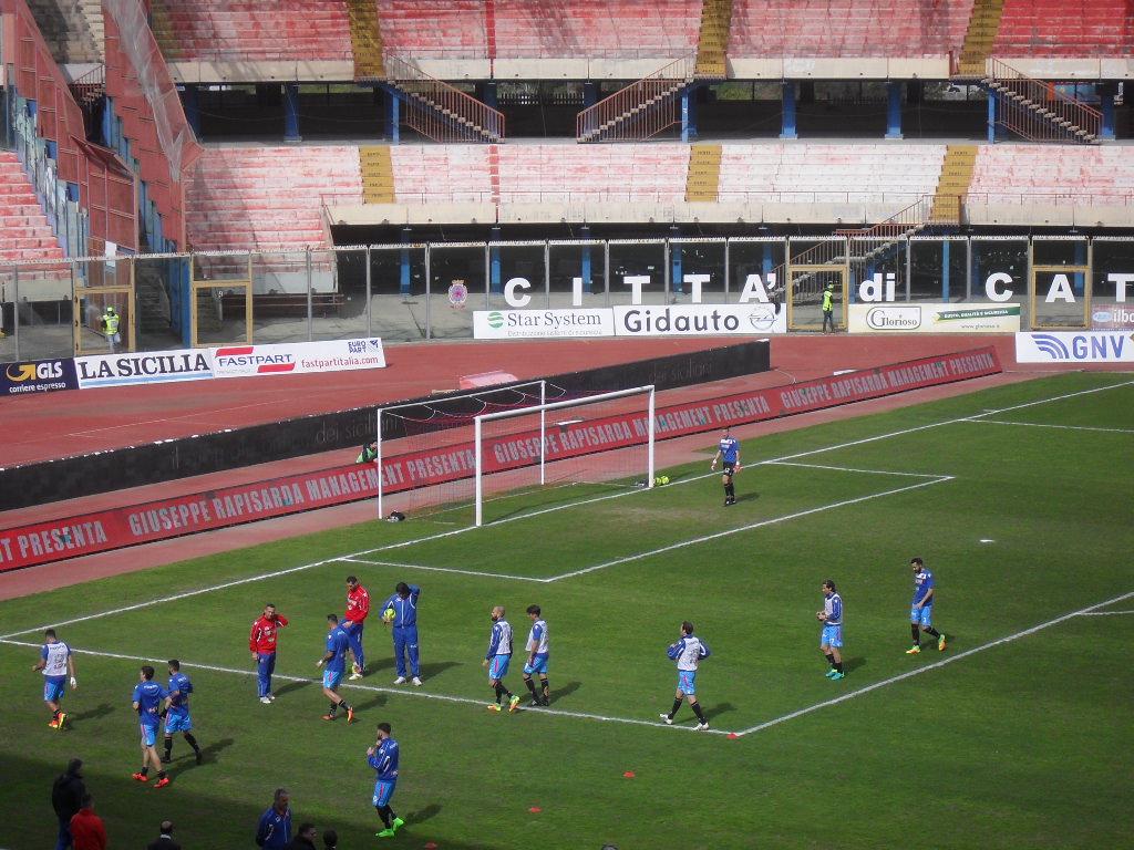 """Catania 0-2 Melfi, applausi per i lucani e fischi per gli etnei. Clamoroso al """"Massimino"""""""