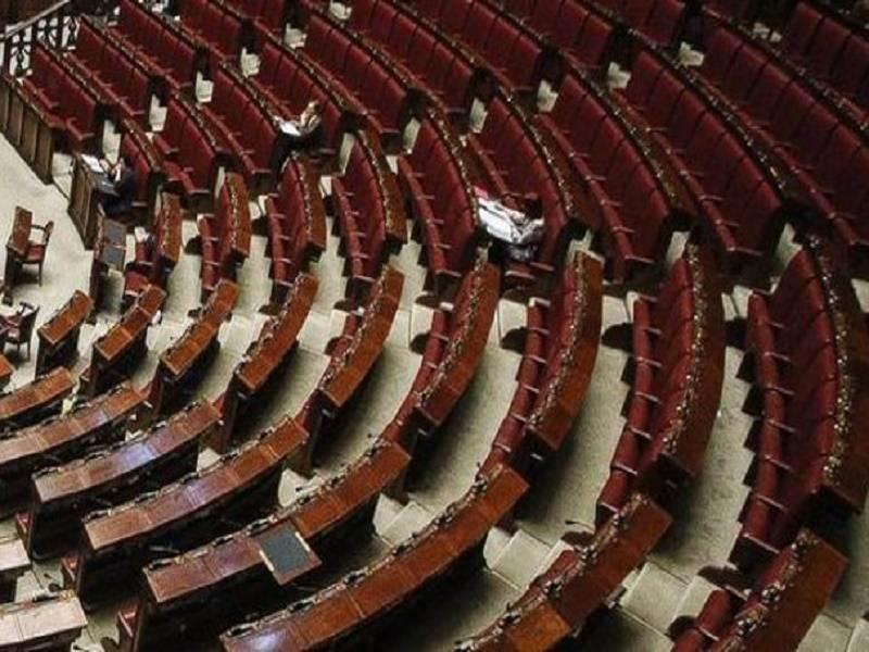 Codacons contro il mancato taglio dei vitalizi: indagini e denunce ai deputati e risarcimento ai siciliani