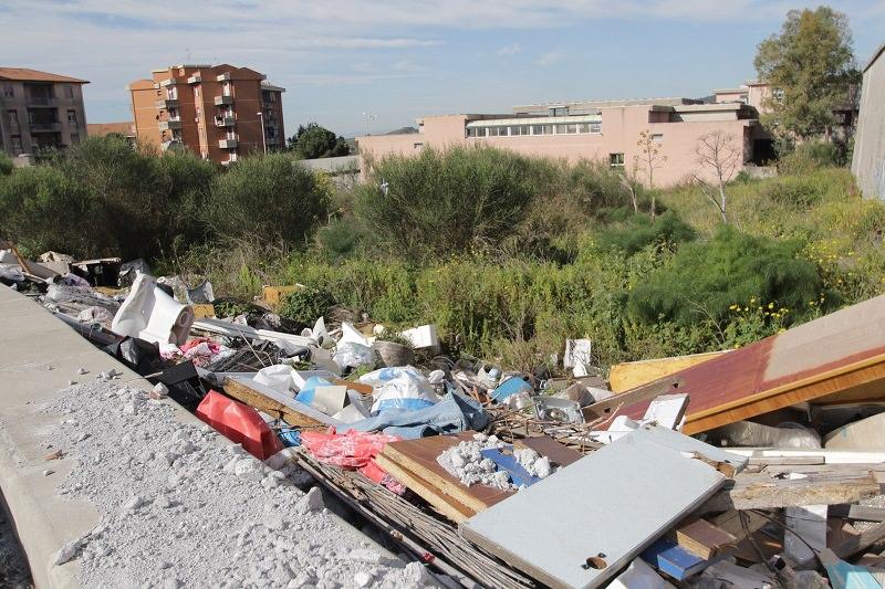 """Discariche abusive in periferia. Sofia, Catalano e Parisi: """"Tutti i quartieri sono in piena emergenza"""""""