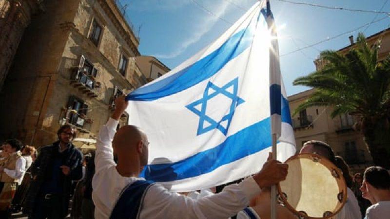 """Mandorlo in fiore: vincono il """"tempio d'oro"""" Israele e Palestina"""