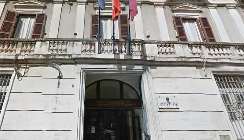"""I poliziotti di Catania scendono in piazza: """"Senza riordino delle carriere la sicurezza è a rischio"""""""