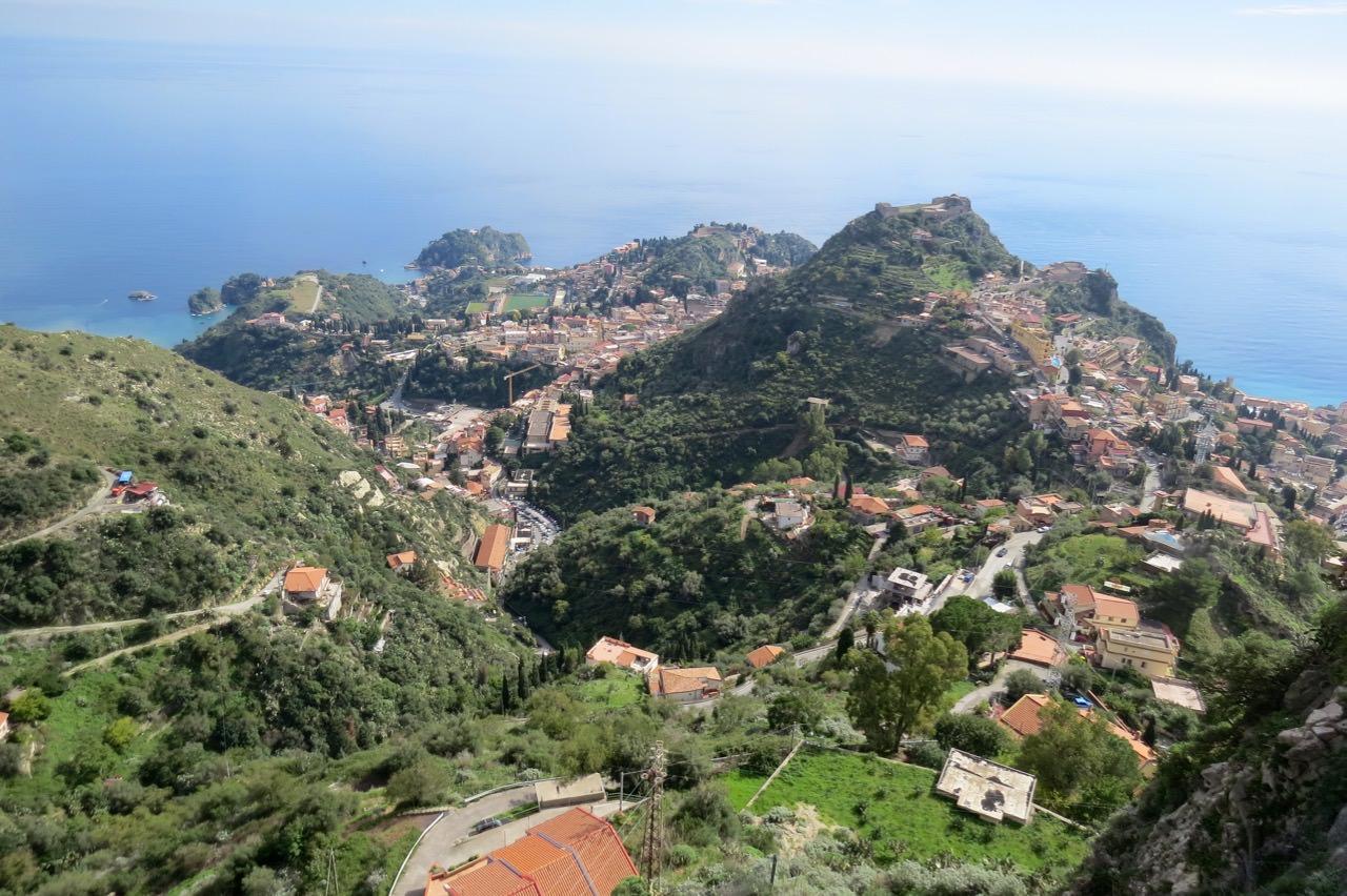 """Operazione """"Alcantara"""", 26 arresti nella notte: droga tra Taormina e Giardini da clan del Catanese"""
