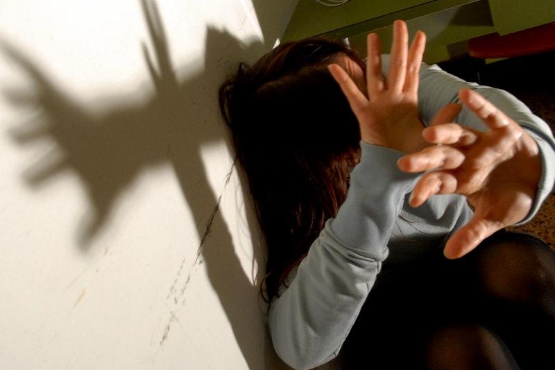 Stupro 13enne a Milano, fermato già condannato per 20 violenze